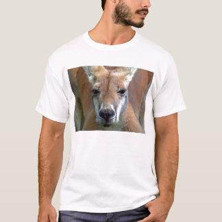 遠くにに行って下さい Tシャツ