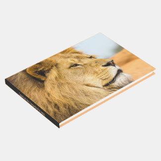 遠くに見ている大きいライオン ゲストブック