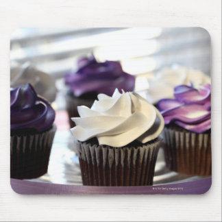 選択的な焦点が付いているカップケーキのクローズアップ マウスパッド