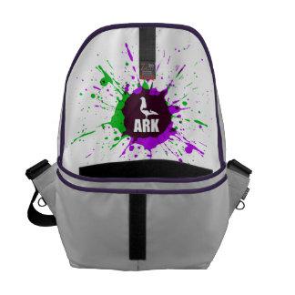 避難所のメッセンジャーバッグ(内部のプリント) メッセンジャーバッグ