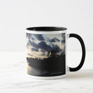 郡ケリー、アイルランドの沿岸シルエット マグカップ