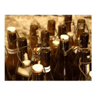 郵便はがき-ヴィンテージのビール瓶のAlteのBier Flaschen ポストカード