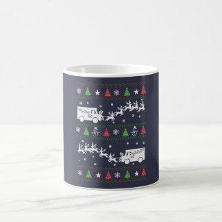 郵便局員のクリスマス コーヒーマグカップ
