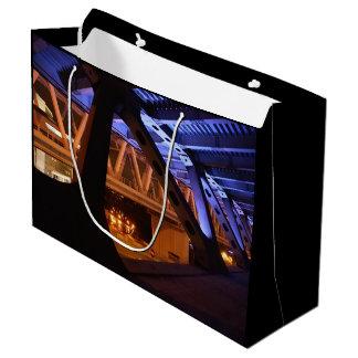 都市の橋夜 ラージペーパーバッグ