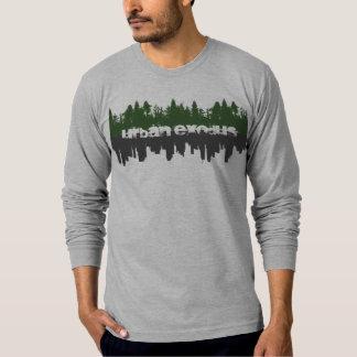 都市出国-反射 Tシャツ