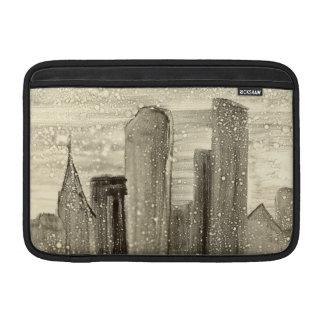 都市抽象美術のセピア色の灰色および白の雪 MacBook スリーブ