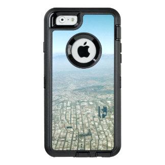 都市、鳥瞰的な眺めのスカイラインの空の空中写真 オッターボックスディフェンダーiPhoneケース