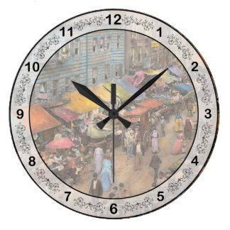 都市- NY -東側1890年のユダヤ人の市場 ラージ壁時計