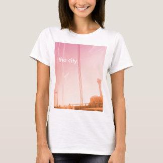 都市- SFインスパイアグラフィック Tシャツ
