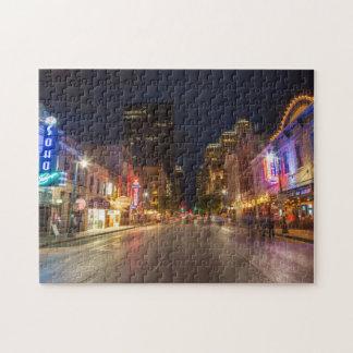 都心のオースティン、テキサス州の薄暗がりの第6通り ジグソーパズル