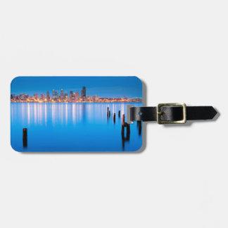 都心のシアトルの青い時間の眺め ラゲッジタグ