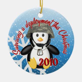 配置の2010年のペンギンのオーナメントを生き延びること セラミックオーナメント