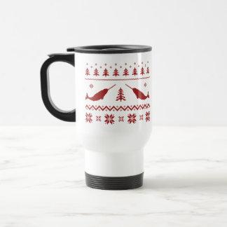 醜いNarwhalのクリスマスのセーター トラベルマグ