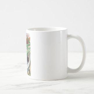 醤油およびローズマリーの葉が付いている透明なコップ コーヒーマグカップ