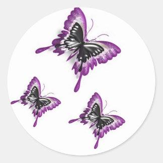 重複させていた蝶ステッカー ラウンドシール