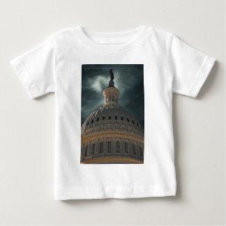 重要な夜 ベビーTシャツ