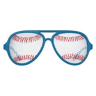 野球のデザインの写真のサングラスの陰 アビエーターサングラス
