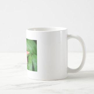 野生のオダマキ(植物) コーヒーマグカップ