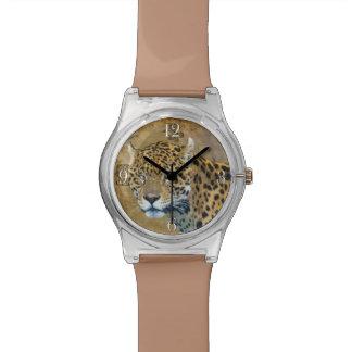 野生のジャガーによって斑点を付けられるヒョウの大きな猫 腕時計