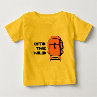 野生のバックパックに ベビーTシャツ