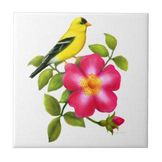 野生のバラのセラミックタイルのアメリカのGoldfinch 正方形タイル小