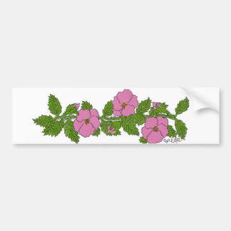 野生のバラの花のストリップ バンパーステッカー