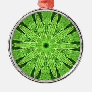 野生のライムグリーンの夢の万華鏡のように千変万化するパターン メタルオーナメント