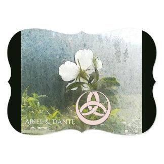 野生の白いバラTriquetra Handfasting カード
