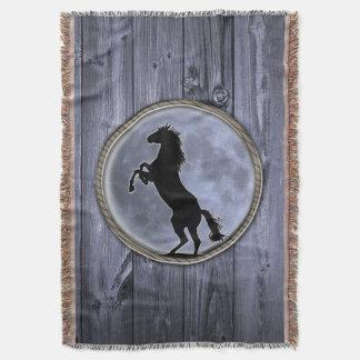 野生の馬の月 毛布