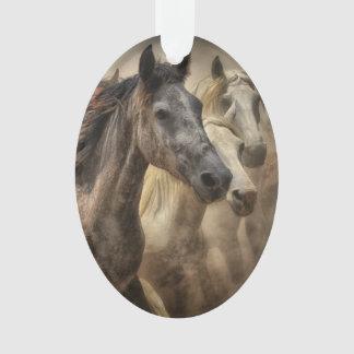 野生の馬 オーナメント