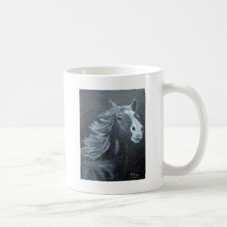 野生の馬 コーヒーマグカップ