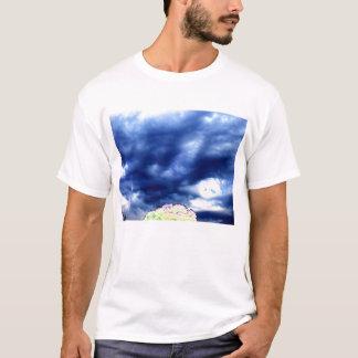 野生のSkyscape Tシャツ
