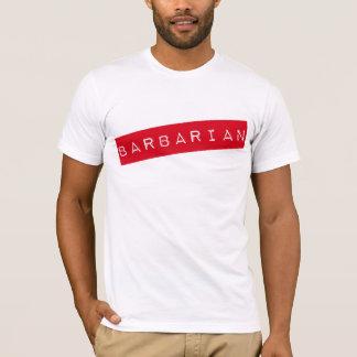 野蛮な(必要性の訓練の) Tシャツ