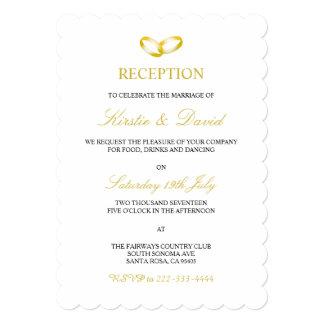 金の指輪を持つ結婚披露宴の招待状 カード