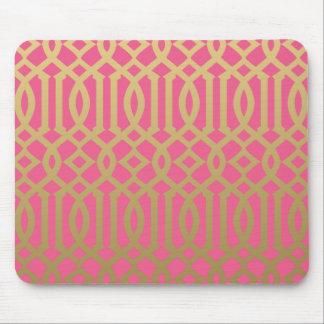 金ゴールドおよびピンクのモダンな格子垣パターン マウスパッド