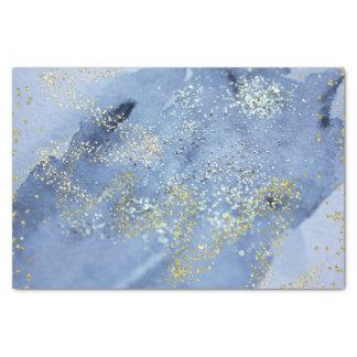 金ゴールドによって塵を払われる青い水彩画の雲 薄葉紙