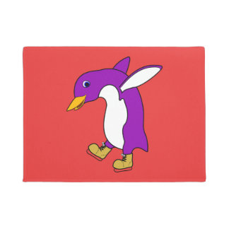 金ゴールドのクリスマスの紫色のペンギンはアイススケートします ドアマット
