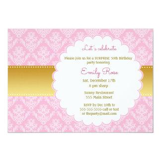 金ゴールドのピンクのダマスク織の大人の誕生日の招待状 カード