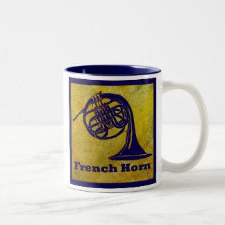 金ゴールドのフレンチ・ホルン ツートーンマグカップ