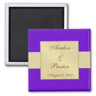 金ゴールドのリボンの紫色の保存日付の磁石 マグネット