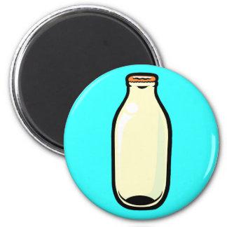 金ゴールドの上のミルクボトル マグネット