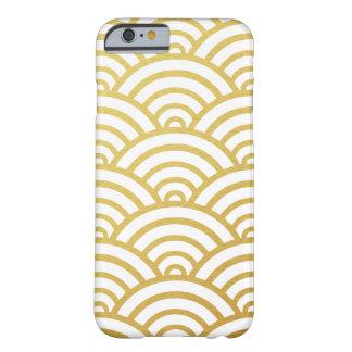 金ゴールドの帆立貝パターンiPhone6ケース Barely There iPhone 6 ケース