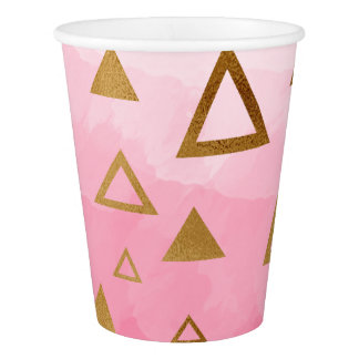 金ゴールドの幾何学的な三角形のパステル調ピンクブラシストローク 紙コップ
