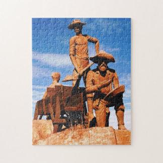 金ゴールドの探鉱者の写真は色を設計しました ジグソーパズル