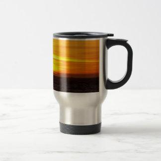 金ゴールドの旅行コーヒー・マグの日没バンド トラベルマグ