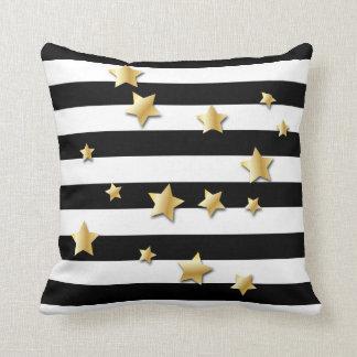 金ゴールドの星が付いている黒い及び白のストライプ クッション