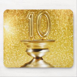 金ゴールドの第10トロフィ マウスパッド
