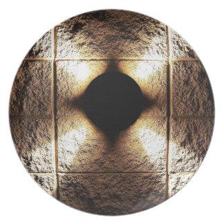 金ゴールドの錆ついた茶色の芸術の焼跡の煙の抽象芸術のアンティークJ プレート