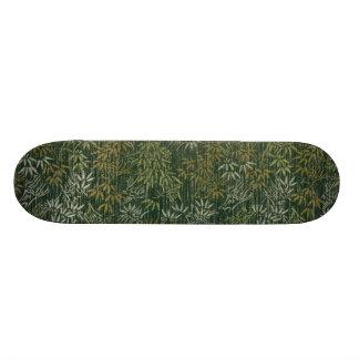 金ゴールド及び銀製のタケ スケートボード