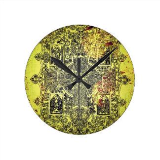 金ゴールド、赤および黒の古代ケルト族のオーナメント ラウンド壁時計